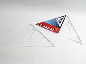 Trojúhelník 16cm