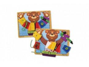 Vkládačka Medvěd s různými typy zapínání dřevo 40x30cm ve fólii