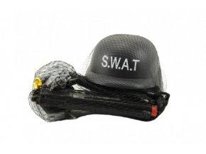 Sada policie SWAT helma+pistole na setrvačník s doplňky plast skladem