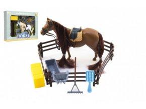 Kůň česací s doplňky a ohradou - 2 barvy skladem