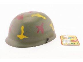 Helma vojenská skladem