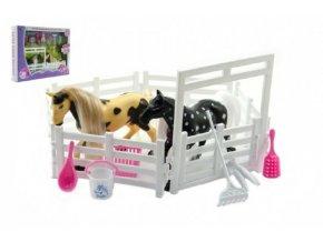 Kůň 2ks s ohradou a doplňky plast asst 4 barvy v krabici 28x22x5cm skladem