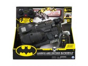 Batman R/C Batmobil s figurkou a katapultem