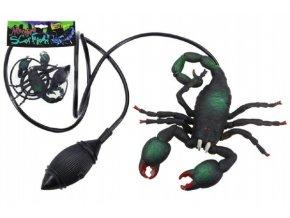 Škorpion skákací plast 12cm skladem