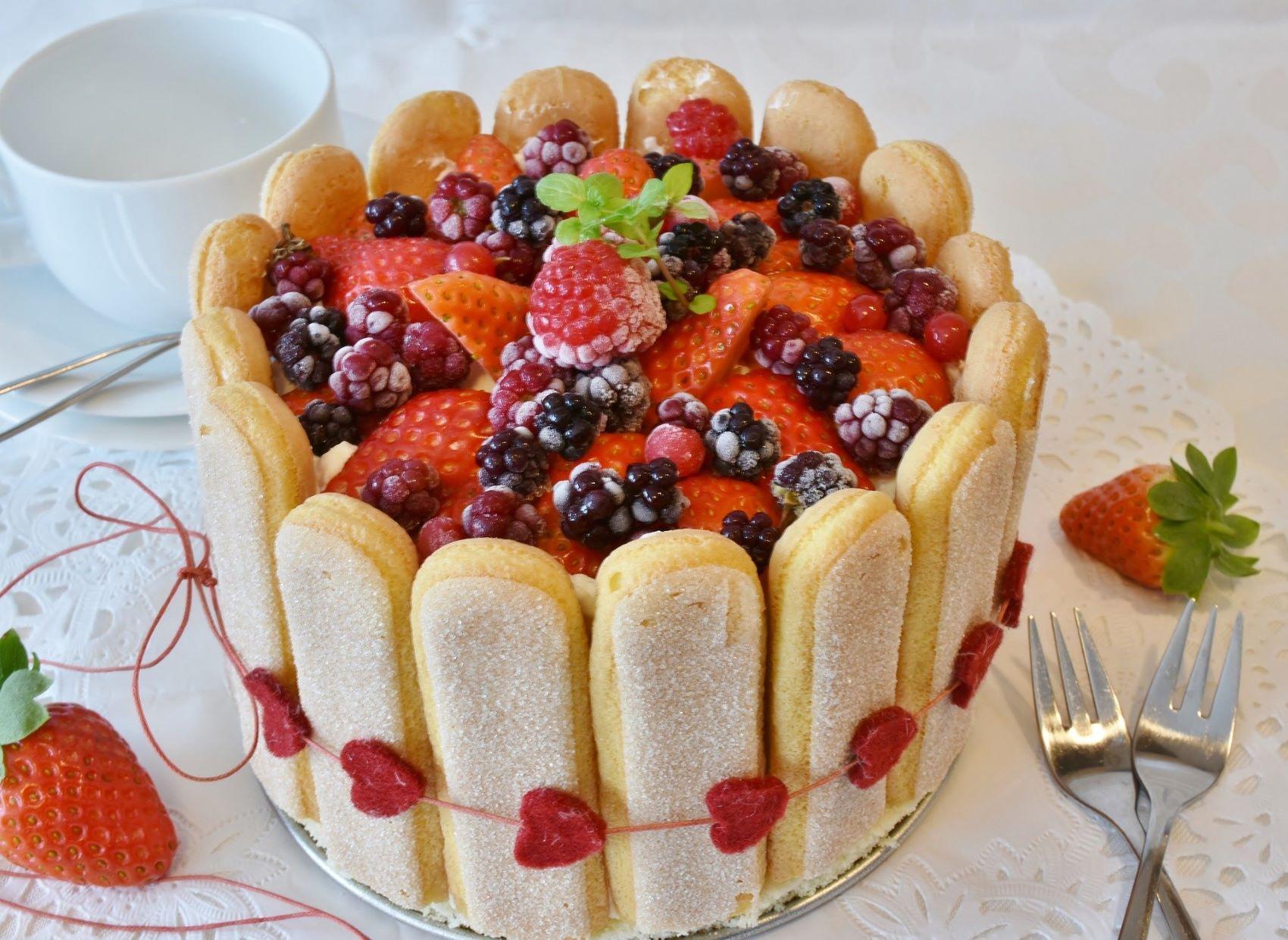 Valentýn - dort s piškoty