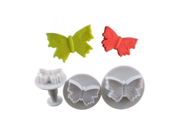 3 motýlci