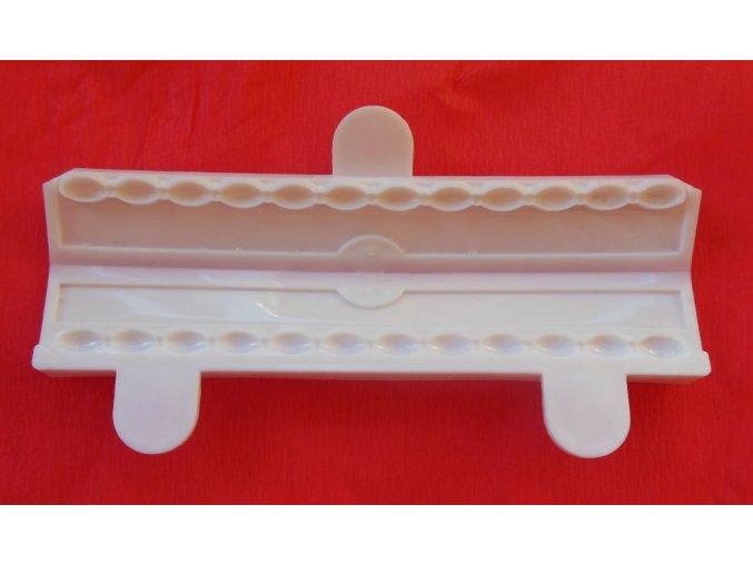 Bordura oválné perličky