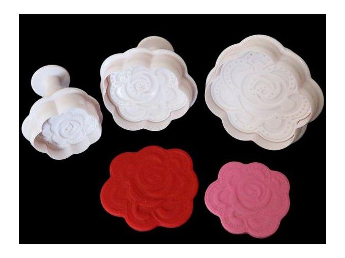 Růže plast