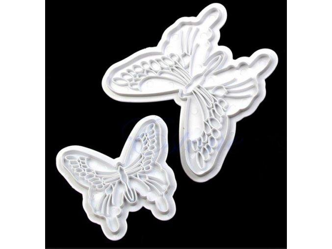 Motýli plast