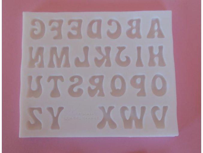 velká písmena 1,8 cm