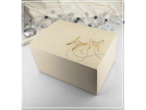 Svatební krabička na výslužku zlatá vzor motýl (18,5 x 13,5 x 9,5 cm)
