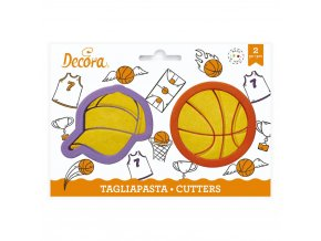 Vykrajovátka basketbalový míč a čepice - Decora