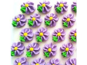 Cukrová dekorace - fialové kytičky (č.24)
