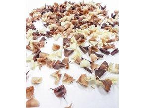 2801 cokoladove hobliny 9x5 mm mix horko bily 4 kg bal
