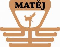 Věšák na medaile s motivem karate