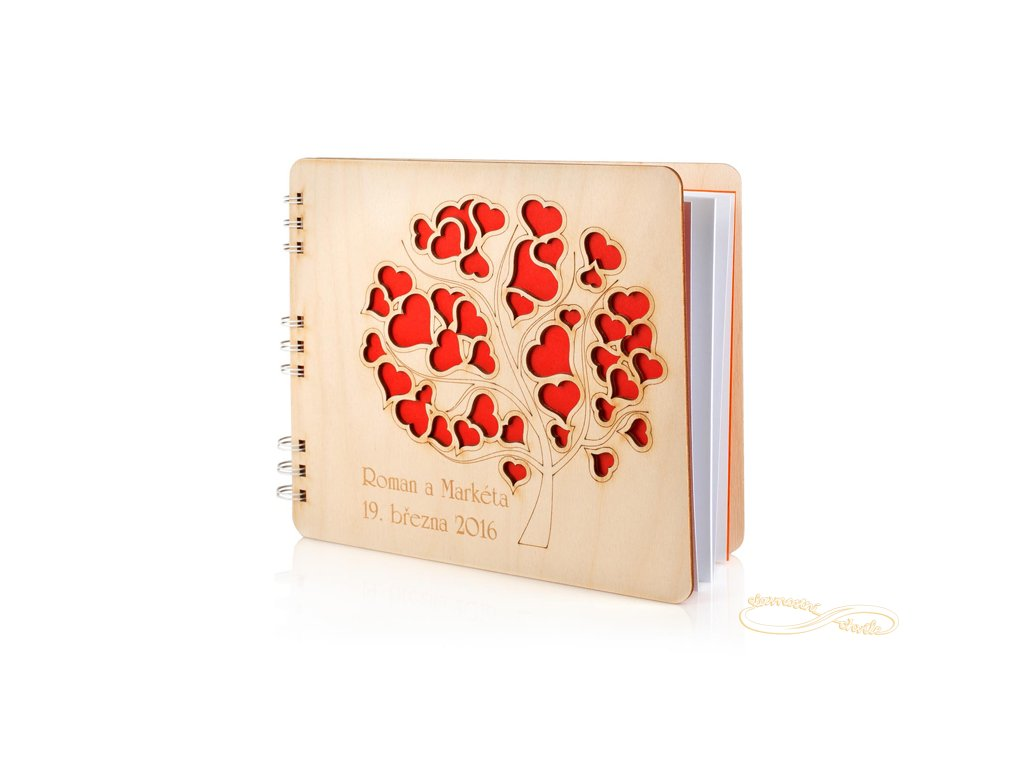 Svatební kniha hostů Strom plný srdíček