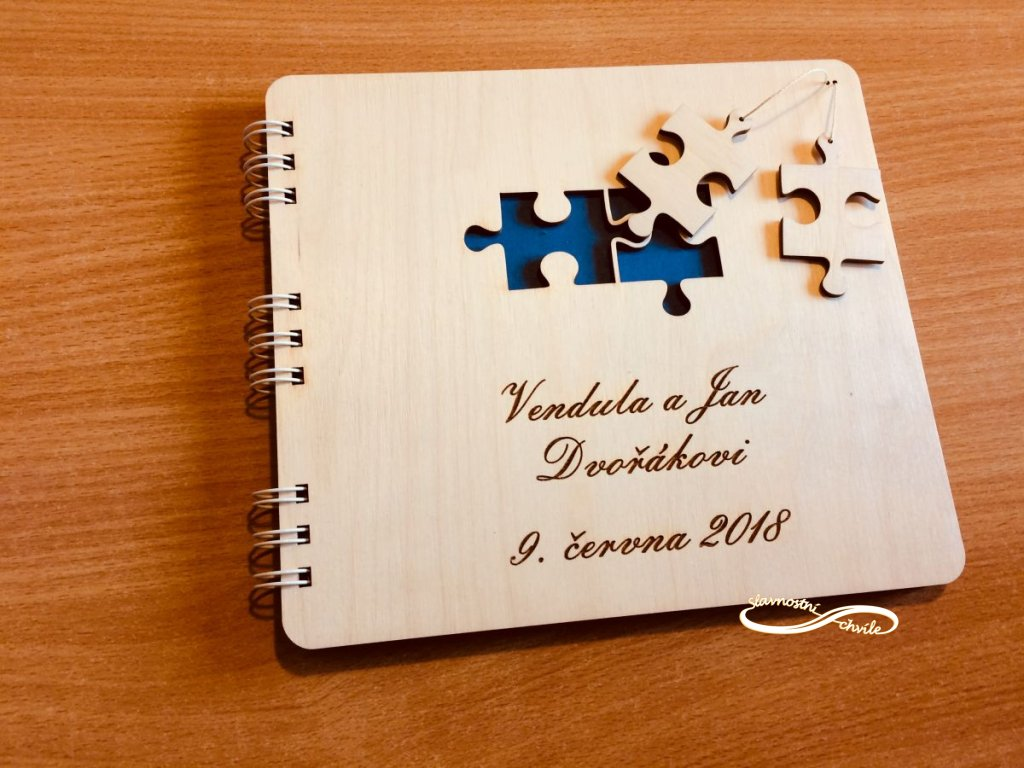 Kniha hostů s puzzlíky