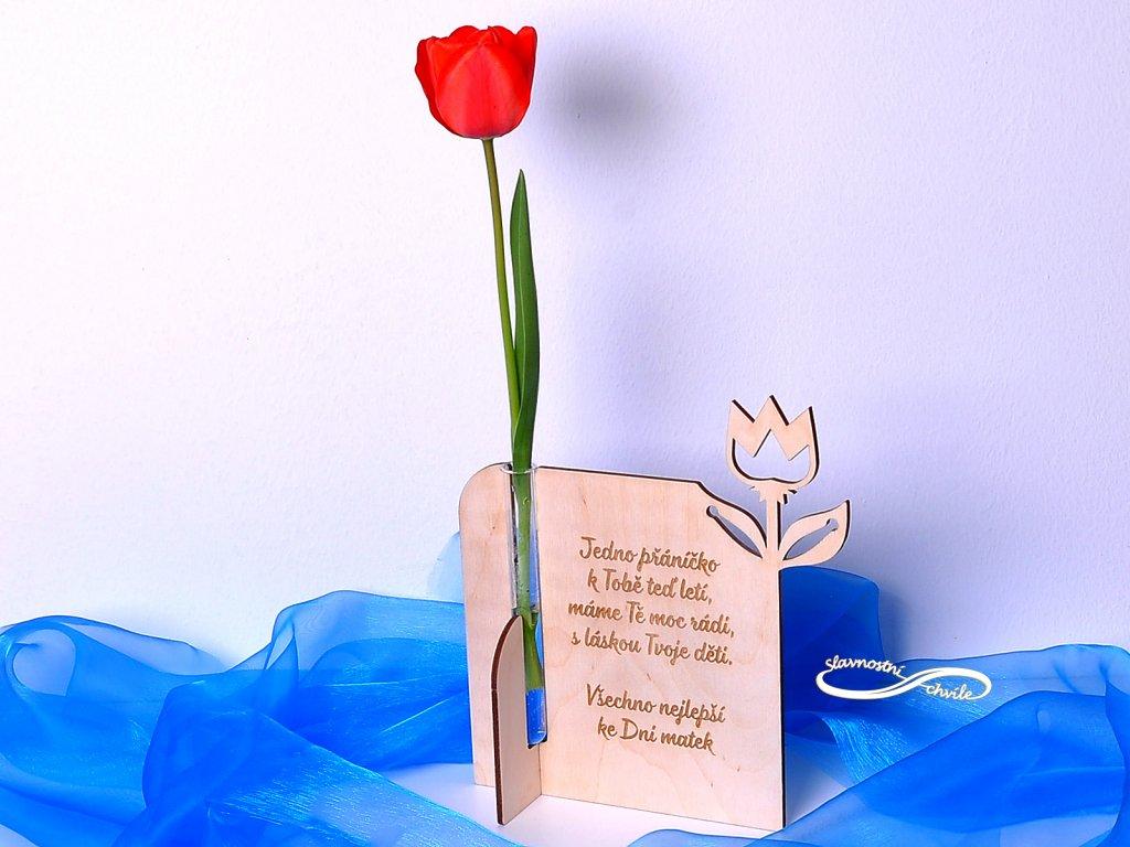Vázička s přáním ke Dni matek