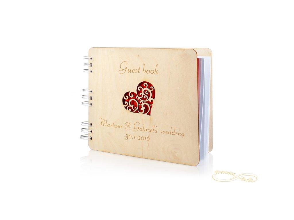 Svatební kniha hostů se srdíčkem