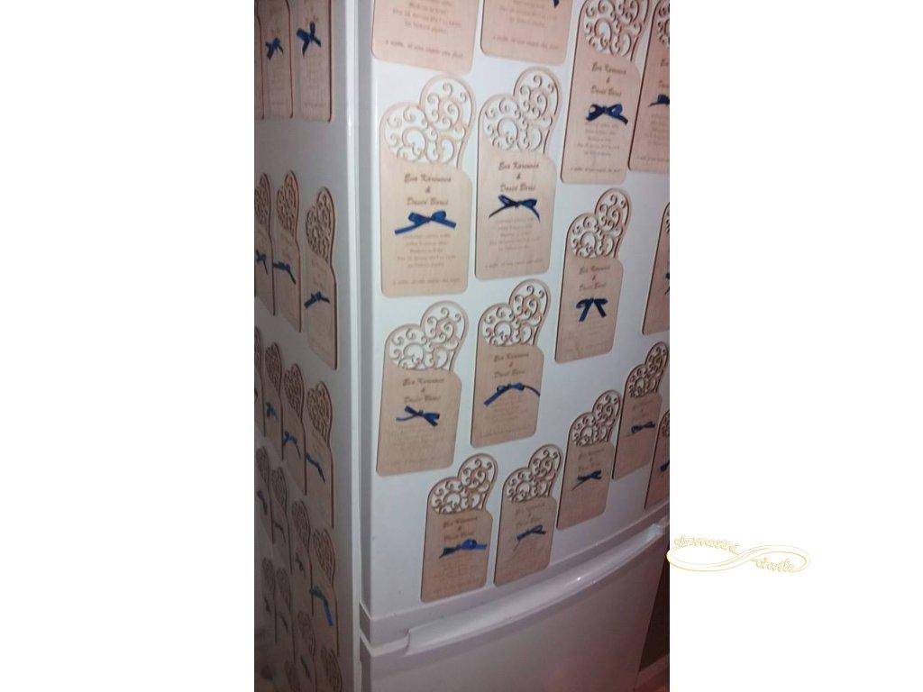 Svatební oznámení - dřevěné s gravurou - vyřezávané srdíčko
