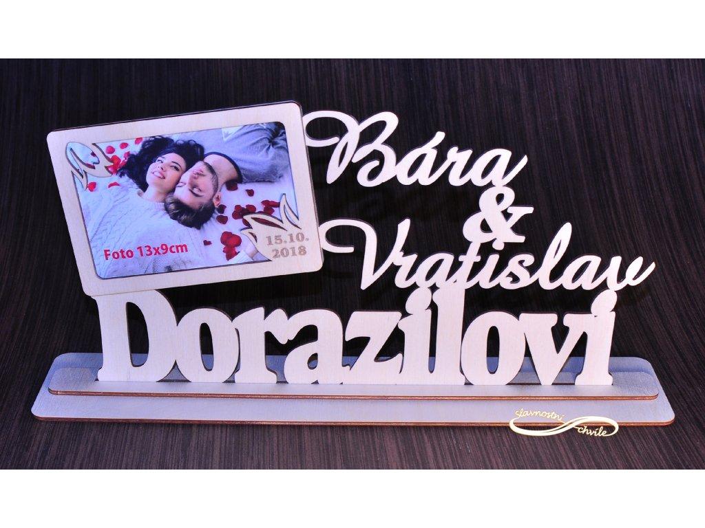 Svatební dekorace - příjmení novomanželů, jména, datum svatby a fotorámeček v jednom.