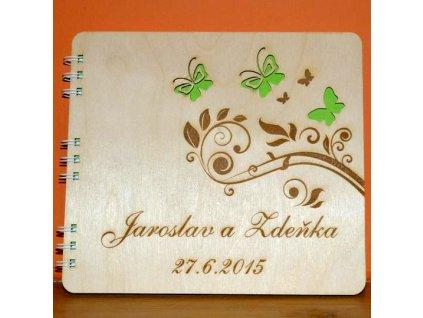 Originální luxusní dřevěné fotoalbum s gravurou - Motýlci 2