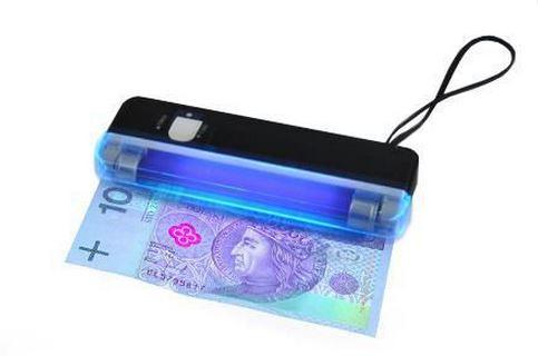 APT UV tester bankoviek, AG268