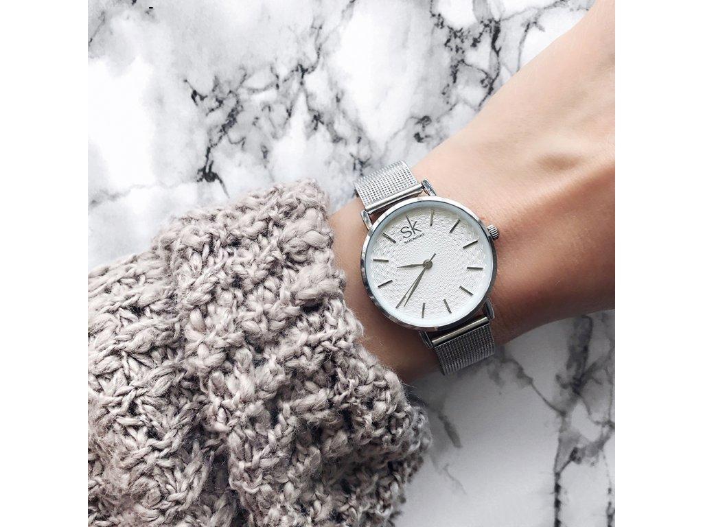 9e710bbad Elegantní hodinky Chanton - Slevotoč