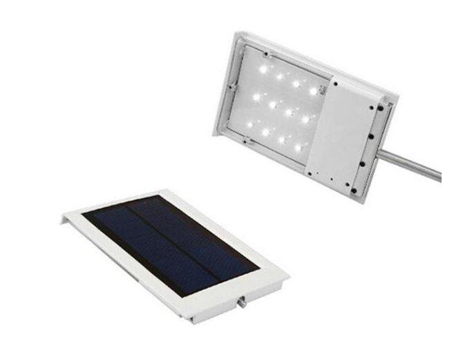 Venkovní LED svítidlo s velkým solárním panelem a montážní tyčí
