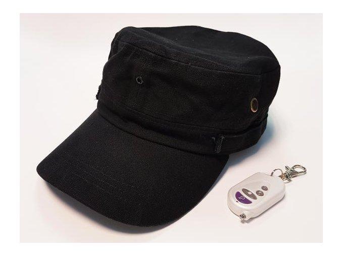 Špionážní kšiltovka s dálkovým ovladačem