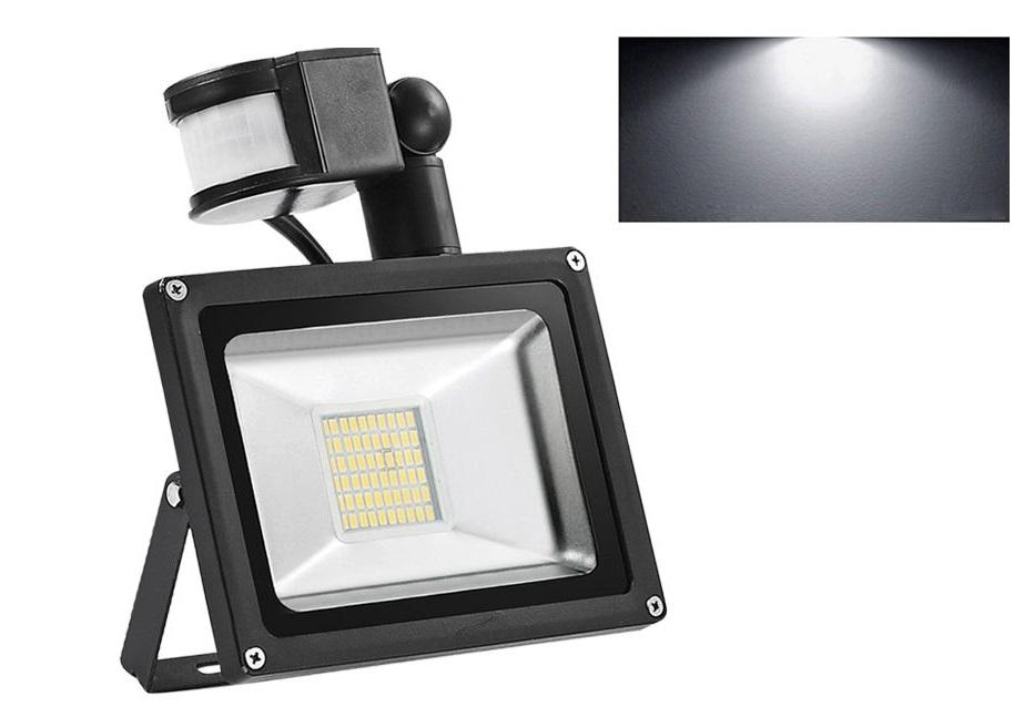 Lurecom Úsporný reflektor 50W pohybovým čidlem / senzorem - LED, pro vnitřní i venkovní použití s kabelem do sítě 220V