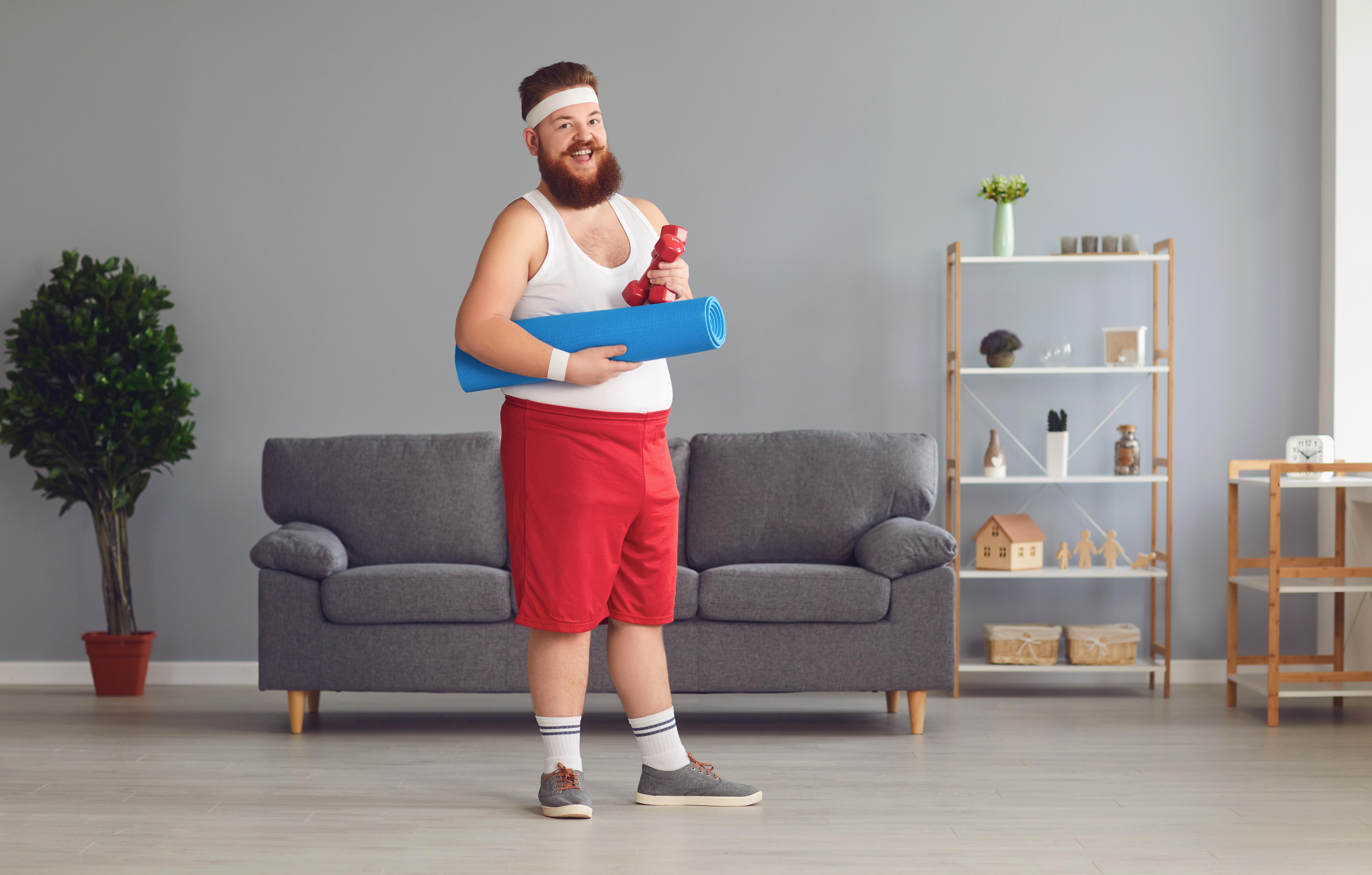 Chcete začít cvičit doma? Víme jak na to a máme pro vás videotréninky na problémové partie.