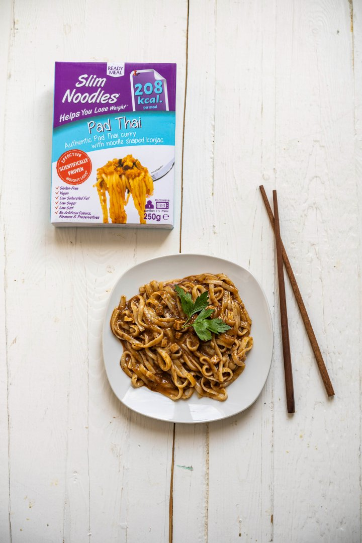 Slim Noodles Hotové jídlo s asijskou omáčkou - zeleninové Pad Thai 250 g