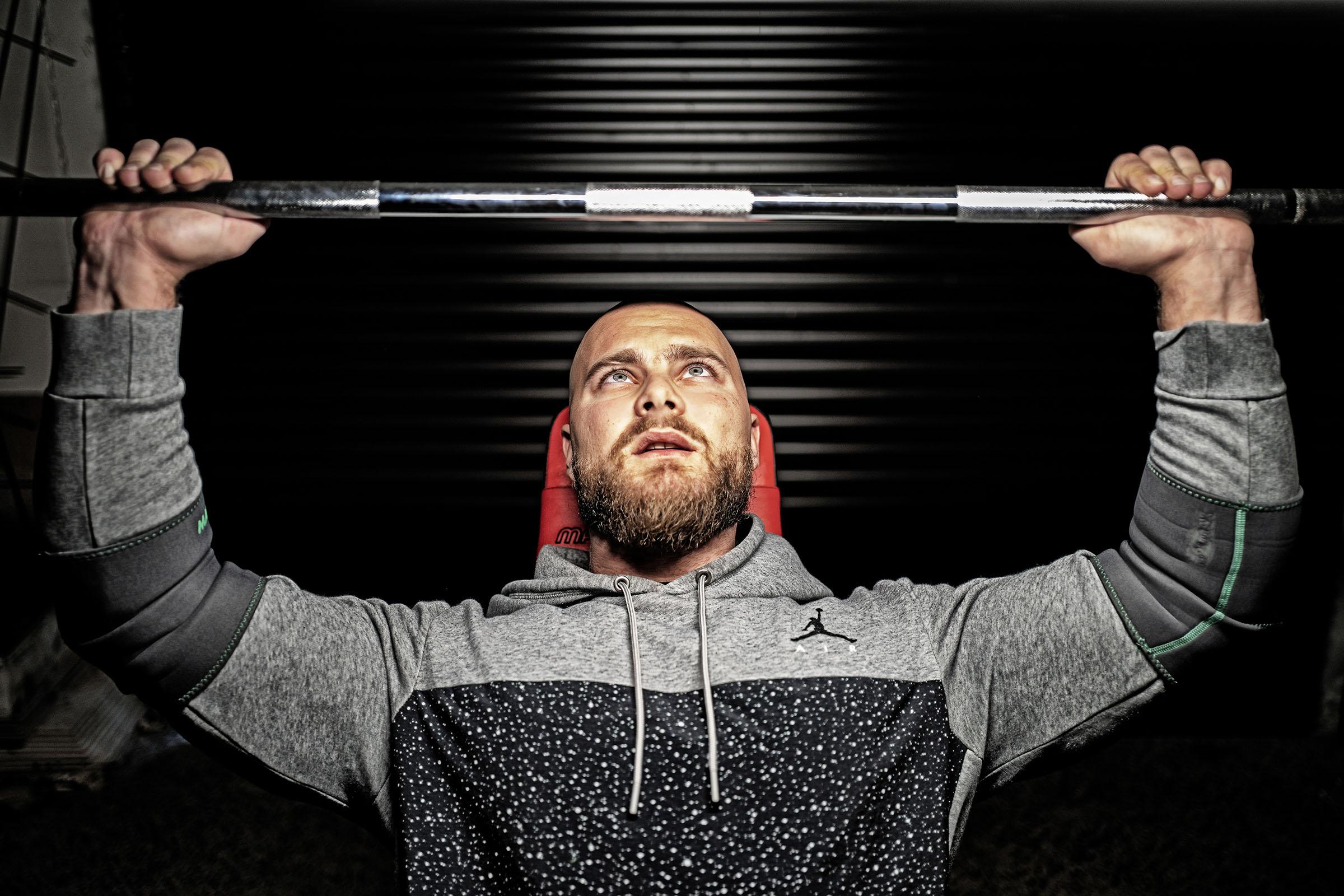 """""""Najväčší problém pri stravovacích návykoch býva väčšinou pravidelnosť"""", hovorí osobný tréner Dominik Trkan."""
