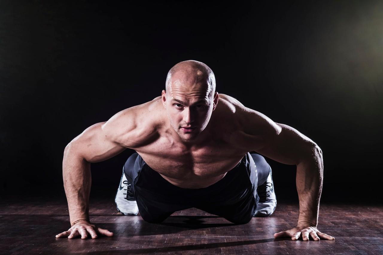 """""""Tréning profesionála nesmie končiť po poslednom písknutí na ihrisku alebo v posilňovni,"""" hovorí kondičný tréner Martin Iterský."""