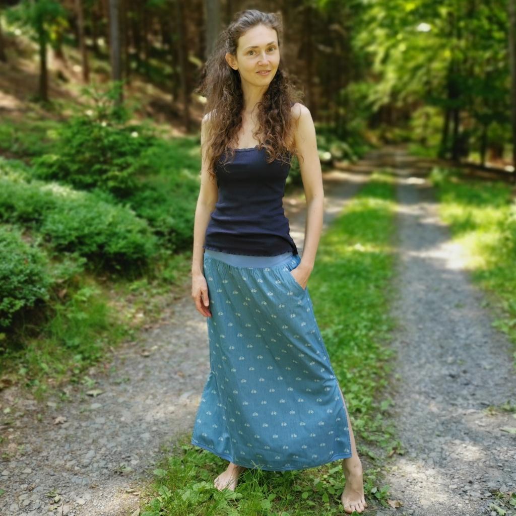 dlouhá sukně s rozparky