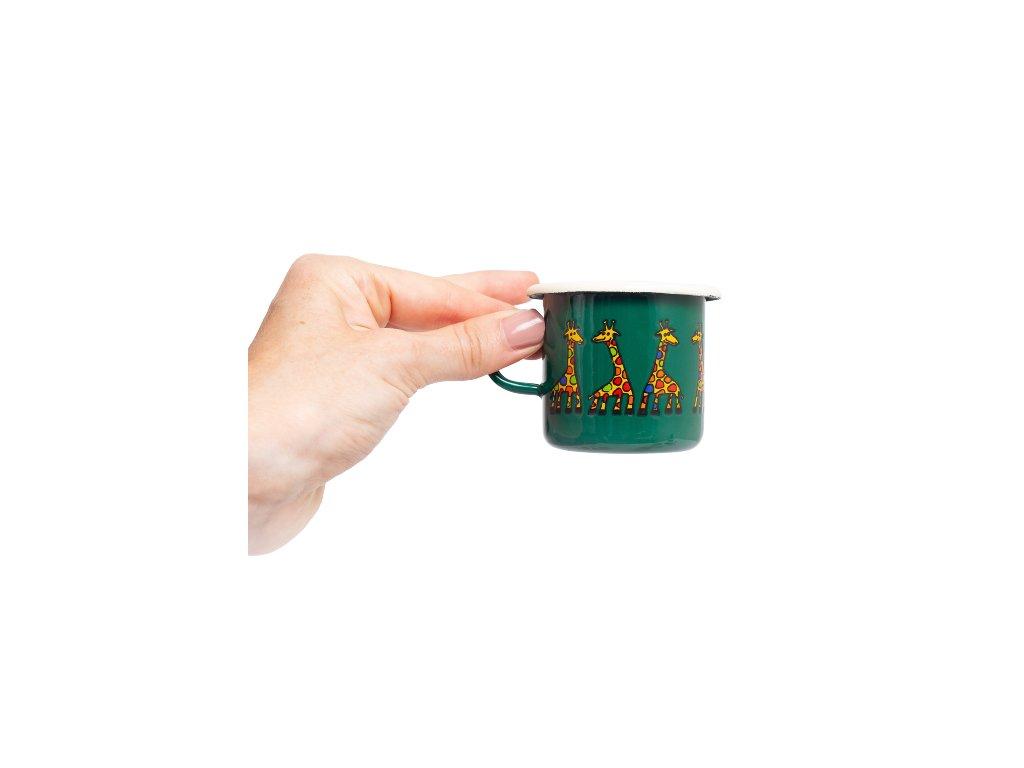Smaltovany espresso hrnek zeleny zirafa viz 2 removebg preview