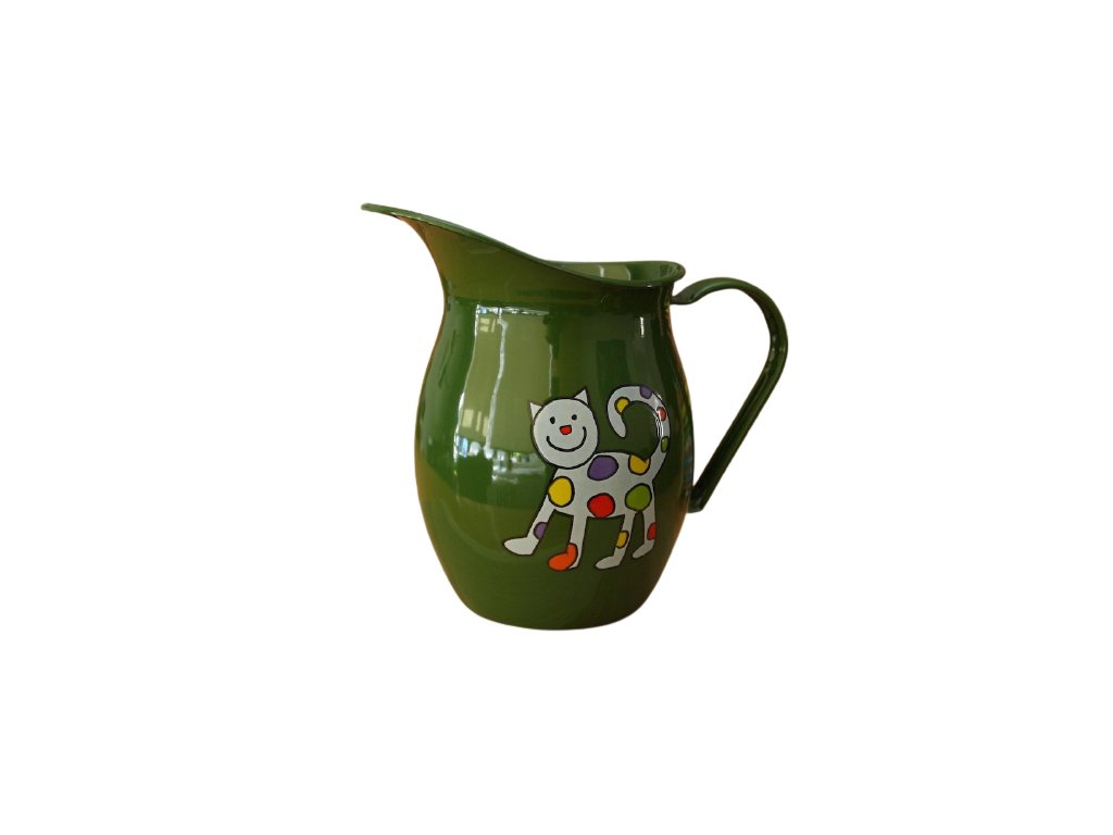 1164 pitcher with cat