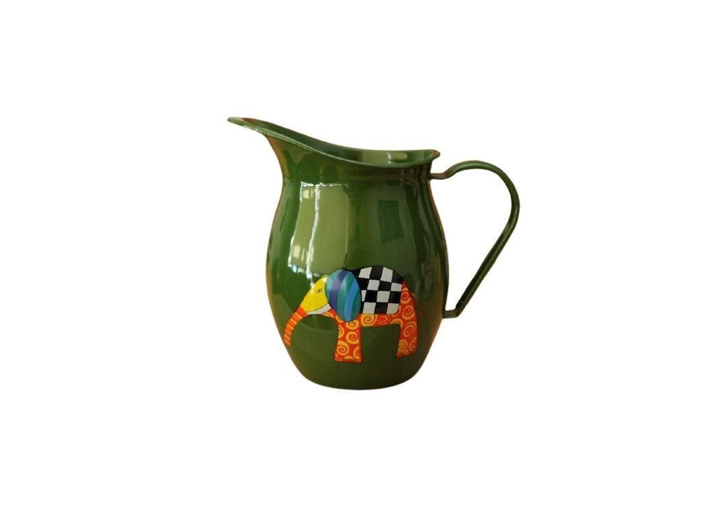 1173 pitcher with an elephant