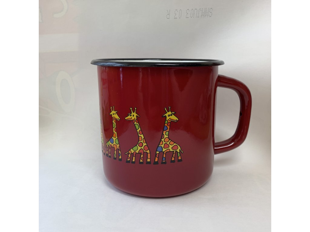 Mug with a giraffe
