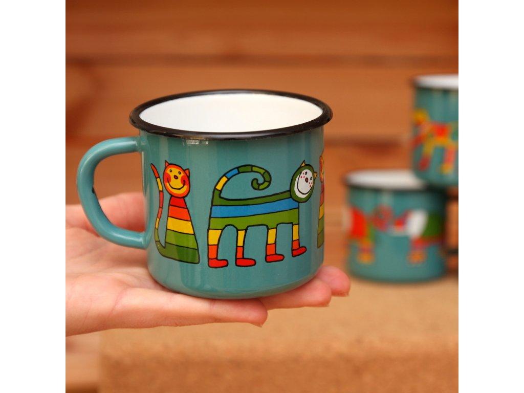 Blueish-green mug with a cat