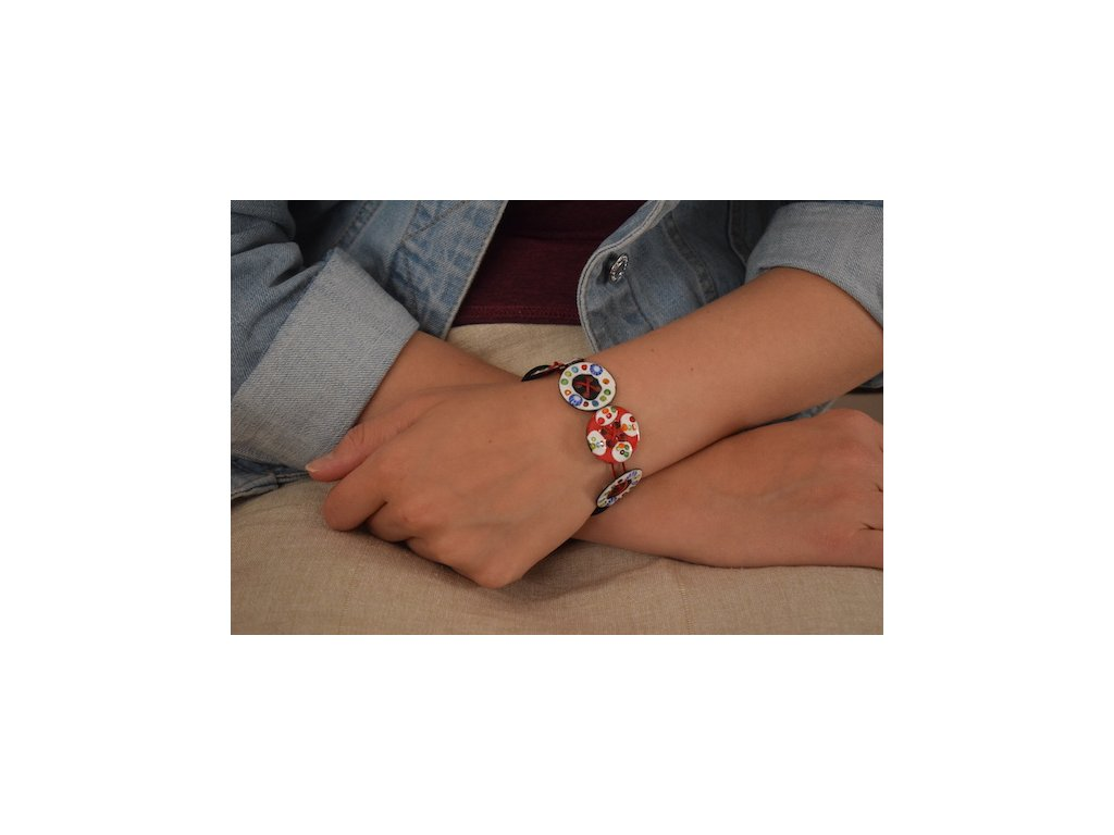 476 button bracelt