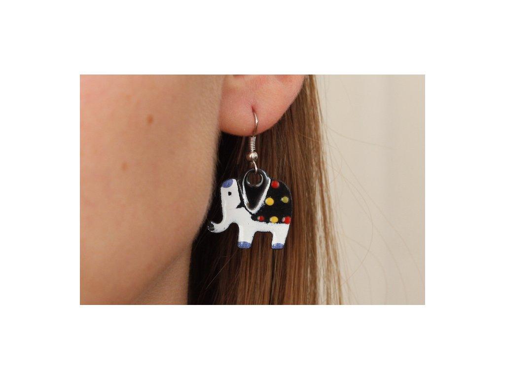 518 elephant earrings