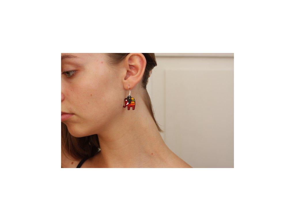 521 elephant earrings