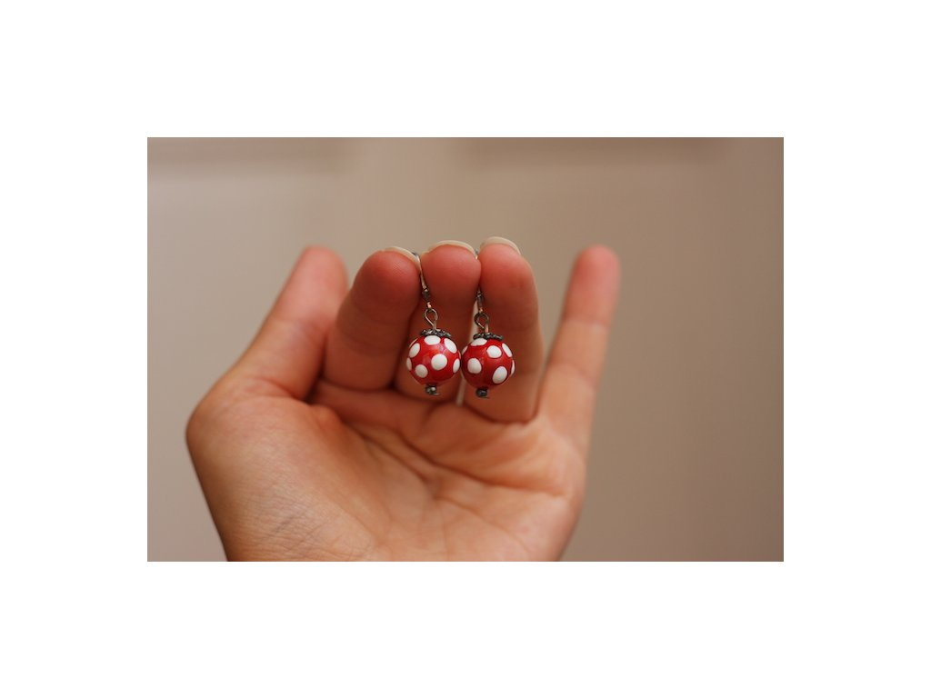 584 earrings ball
