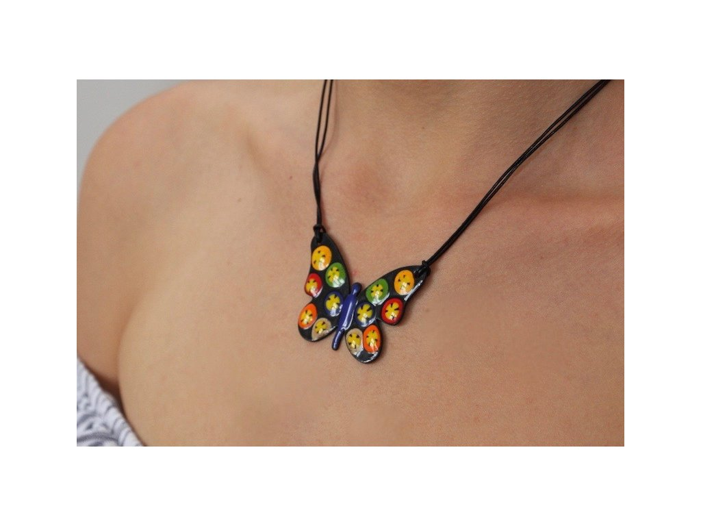 662 butterfly necklace