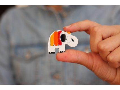 311 brooch elephant