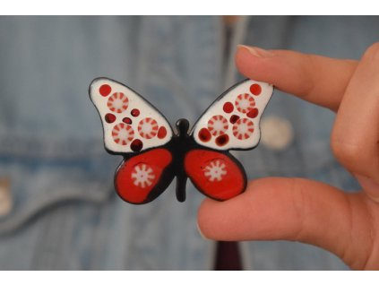 704 brooch butterfly