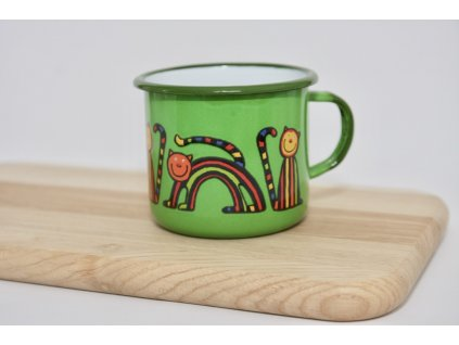green enamel mug