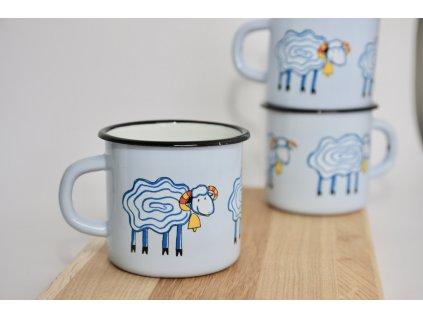 Mug with sheep